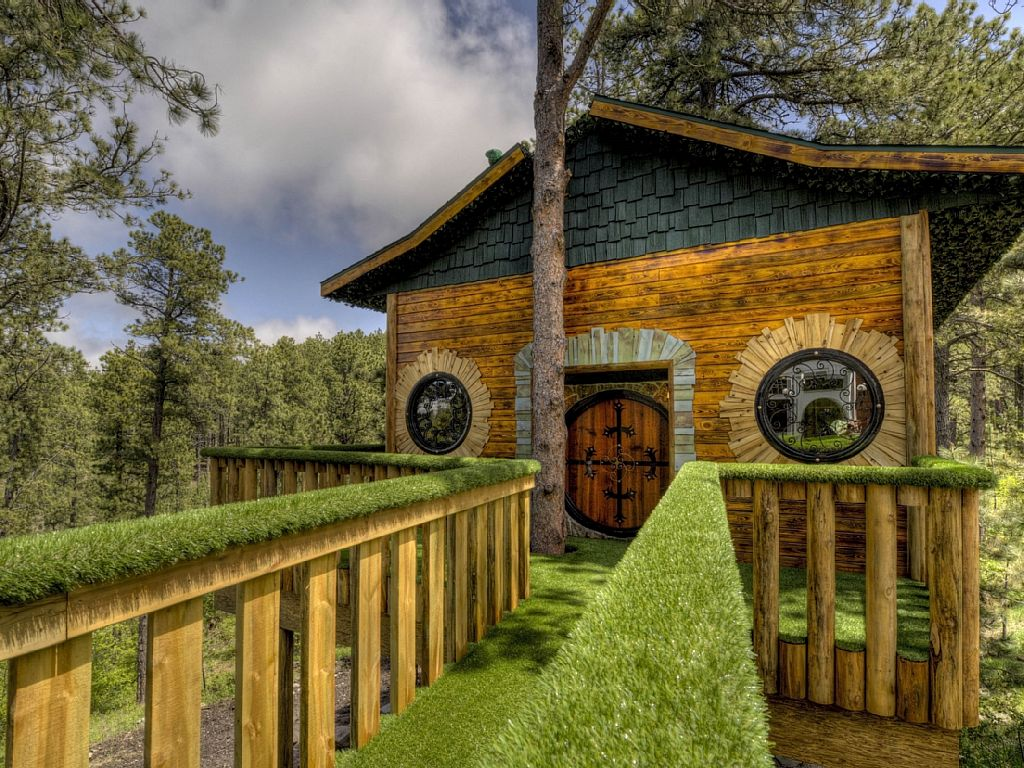 Chateau De Soleil Treehouse - Deadwood SD