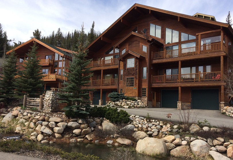 Slopeside Village Townhomes