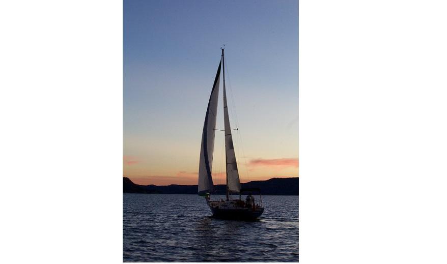 33ft Boat