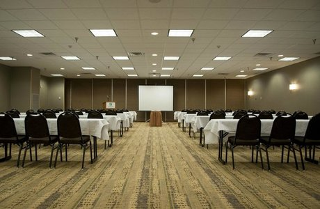 Holiday Inn Convention Room - Spearfish SD