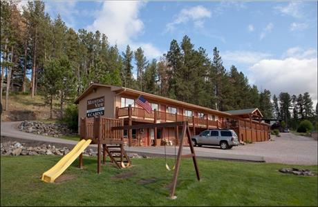 for cabins national dakota rent midwest south rapidcity unitedstatesofamerica black cabin rental cozy near in two forest southdakota hills