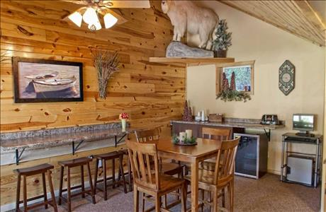 Mountain View Lodge and Cabins Breakfast Area - Hill City SD