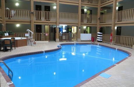 Super 8 Indoor Pool - Spearfish SD