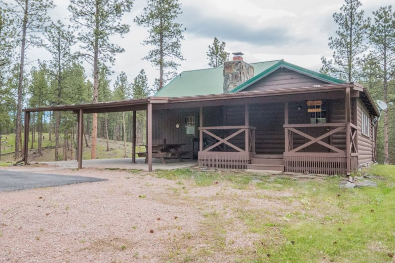 Harney View Cabin - Hill City SD